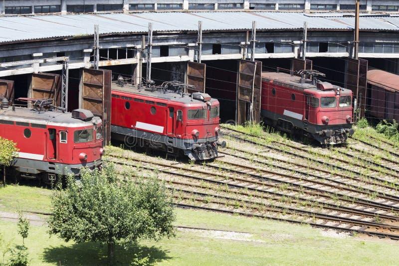 Les locomotives rouges photographie stock libre de droits