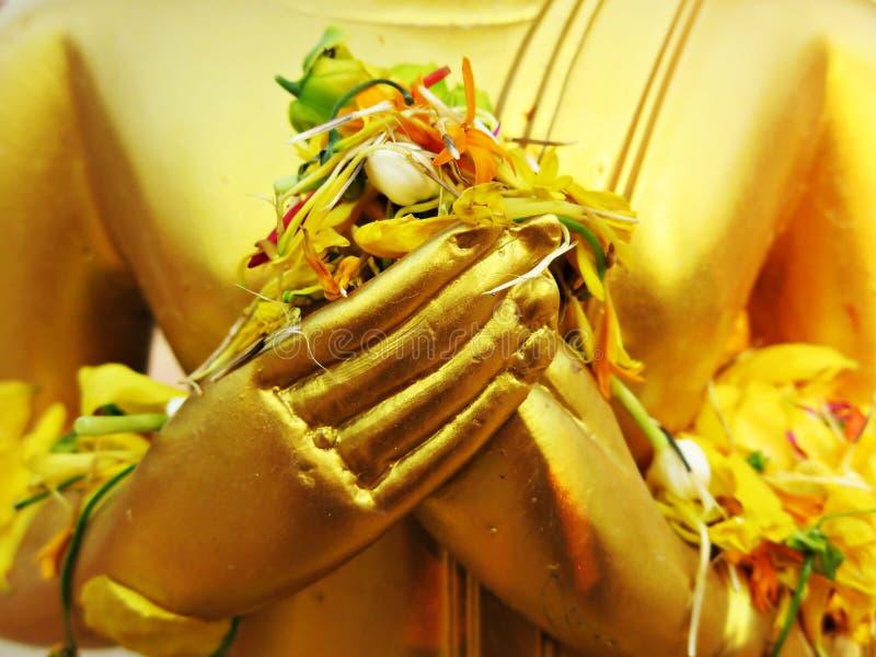 Les mains de l'image de Bouddha images libres de droits