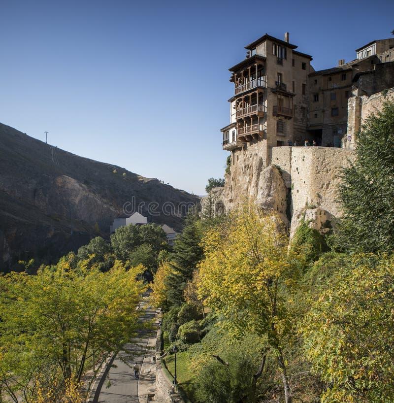 Les maisons accrochantes de Cuenca, Espagne photographie stock libre de droits