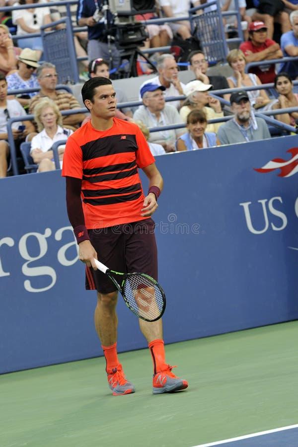 Les Milos de Raonic METTENT EN BOÎTE à l'US Open (1) photos stock