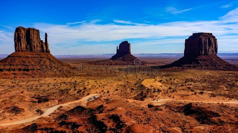 Les mitaines à la vallée de monument, Arizona, Etats-Unis photo stock