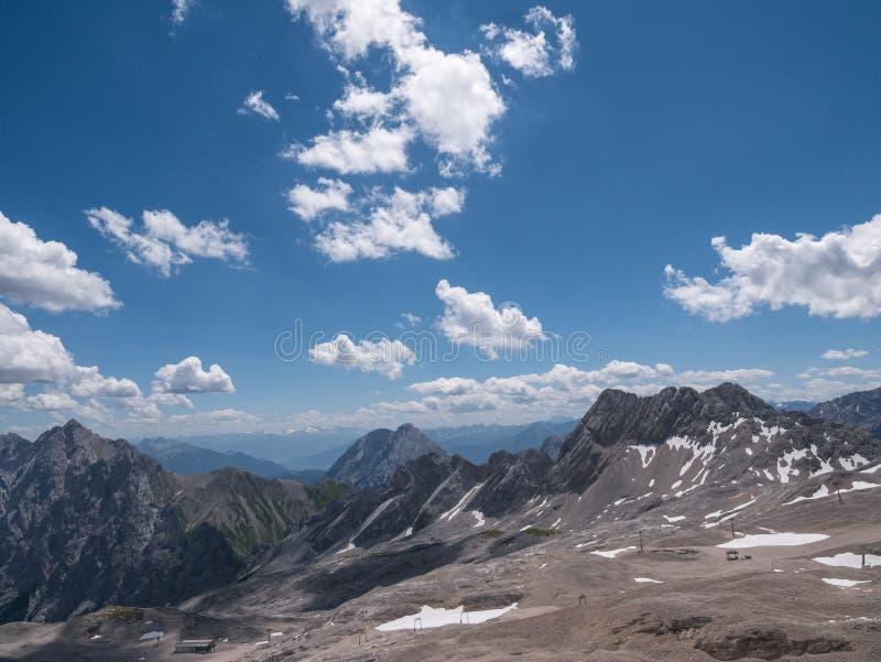 Les montagnes des Alpes au Tyrol, Autriche images libres de droits