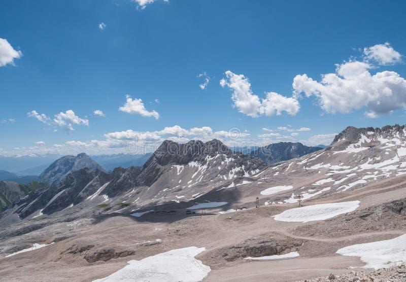 Les montagnes des Alpes au Tyrol, Autriche image libre de droits