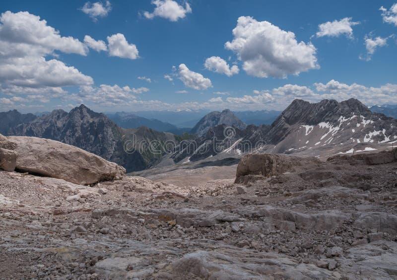 Les montagnes des Alpes au Tyrol, Autriche photographie stock libre de droits