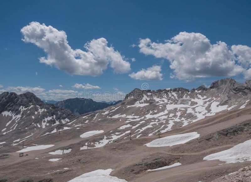 Les montagnes des Alpes au Tyrol, Autriche images stock