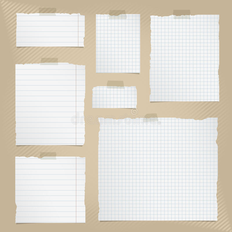 Les morceaux de blanc déchiré ont ajusté et ont rayé le papier de carnet avec la bande collante sur le fond rayé brun illustration de vecteur