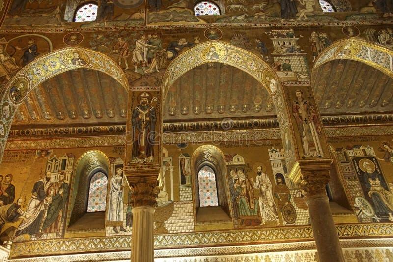 Les mosaïques bizantines élaborées de style couvrent la Capella Palatina images libres de droits
