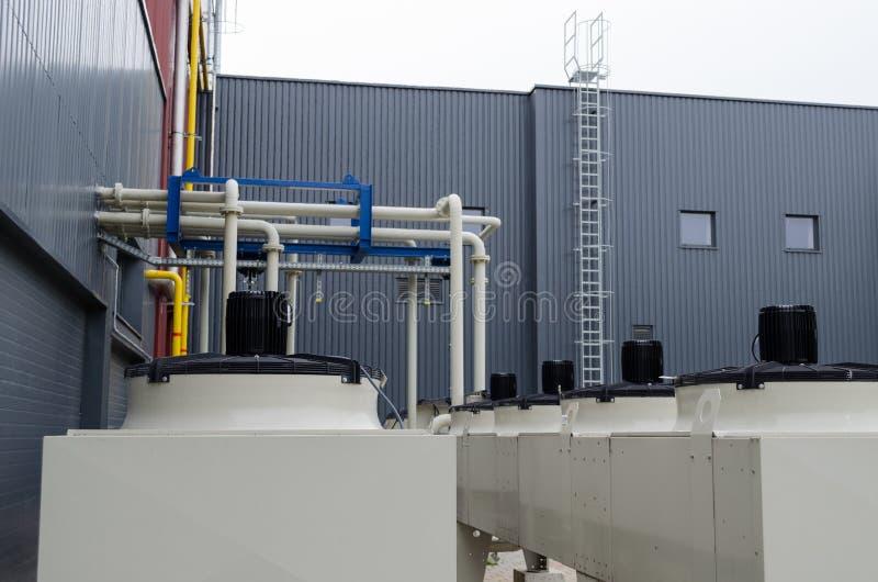 Les moteurs produisent du biogaz images libres de droits