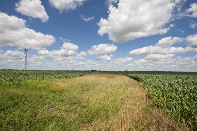 Les moulins à vent s'approchent de Fowler, Indiana images stock