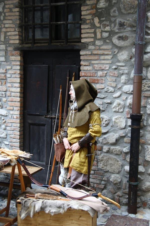 Les Moyens Âges sur le marché médiéval d'Erba - secteur Villincino du dimanche 13 mai 2018 image stock
