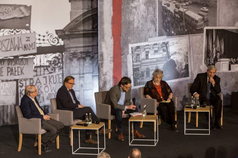 Les participants, discussion, ` 68 de mars photographie stock
