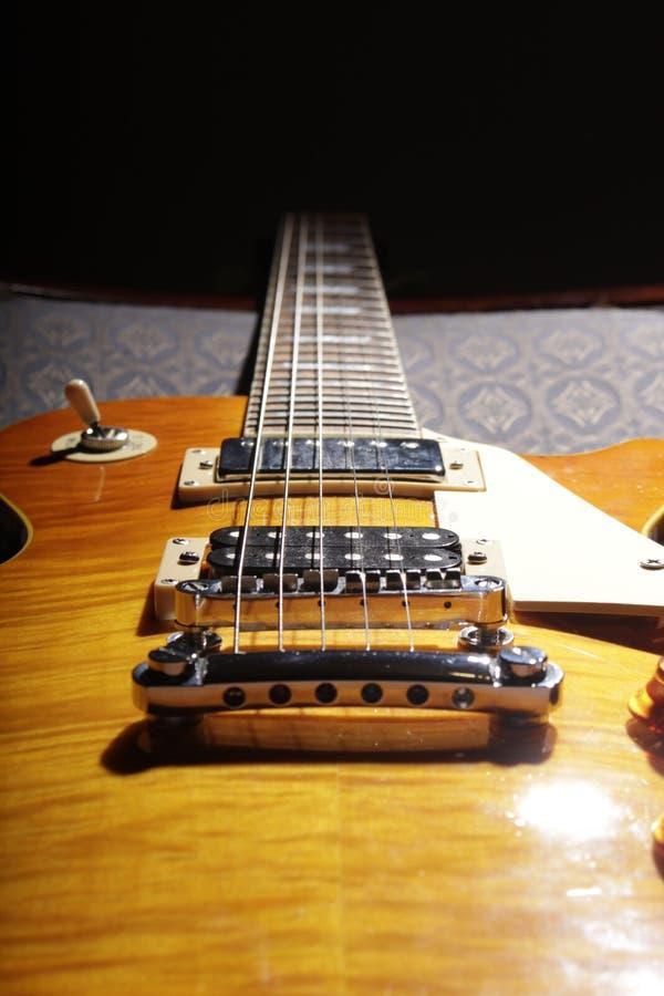 Les Paul Guitar - guling II arkivbild