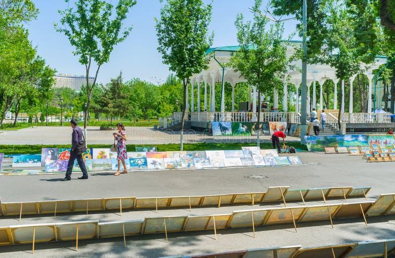 Les peintures en parc photos libres de droits