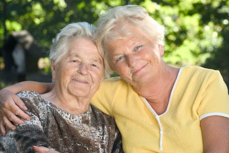 Les personnes âgées photographie stock libre de droits