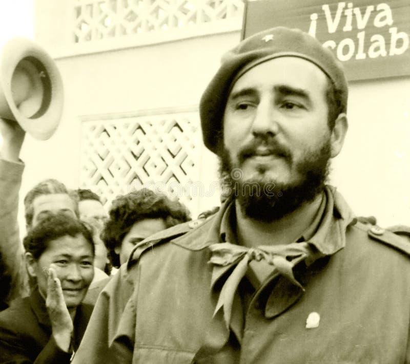 Les personnes de Yangiyer ont souhaité la bienvenue à Fidel May 1963 images stock