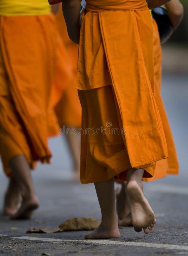 Les pieds du moine photo libre de droits