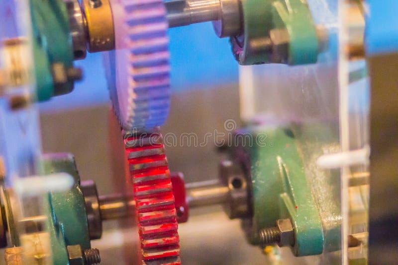 Les pignons droits ou les vitesses de droit-coupe sont le type le plus simple de vitesse a images stock