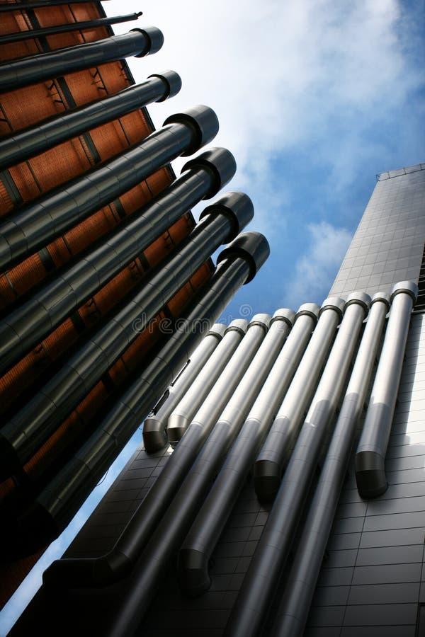 Les pipes de la ville photo stock