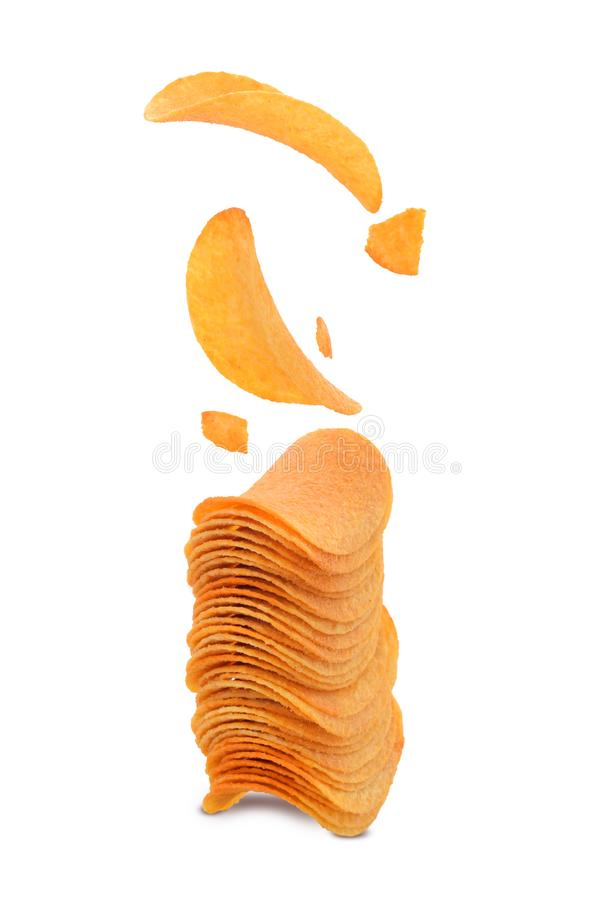 Les pommes chips salten dans la pile image stock
