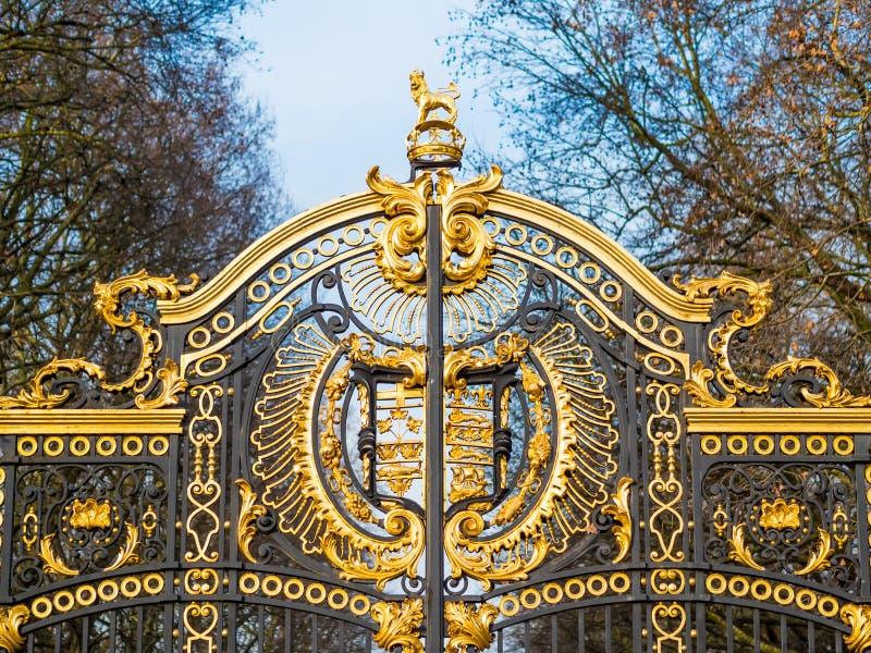 Les Portes de Buckingham Palace Garden, Londres, Angleterre photographie stock