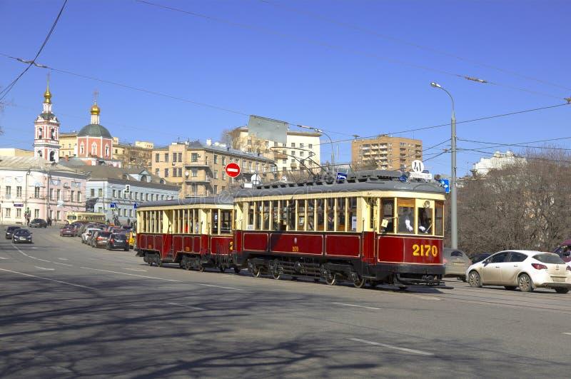 Les rétros trams sur le défilé des trams à Moscou photo libre de droits