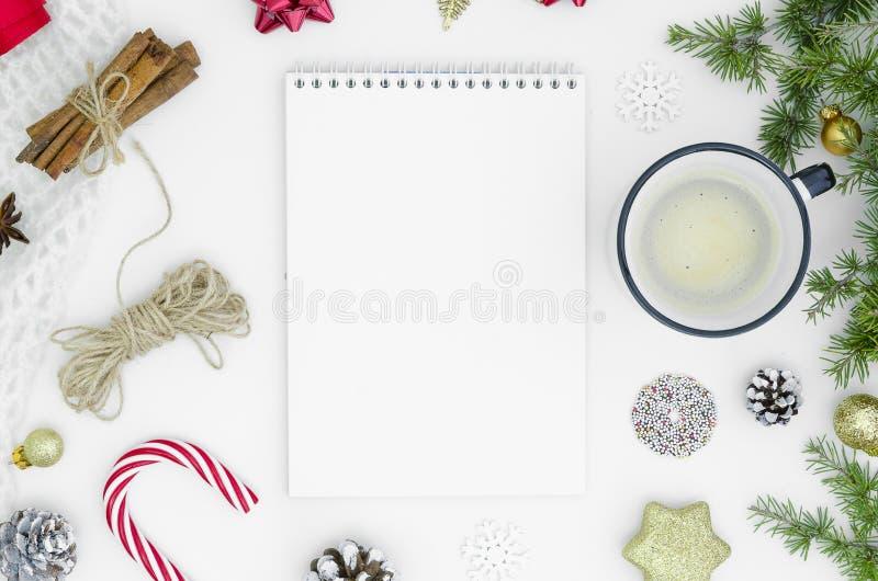 Les rêves de plans de buts font pour faire la liste pour le concept 2019 de Noël de nouvelle année écrivant dans des brunchs de s image stock
