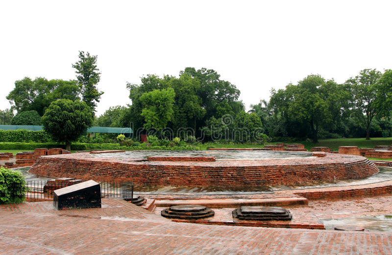 Les reliques de bases de Dharmarajika Stupa image stock