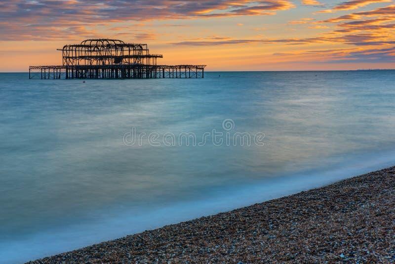 Les restes de Brighton West Pier photo stock