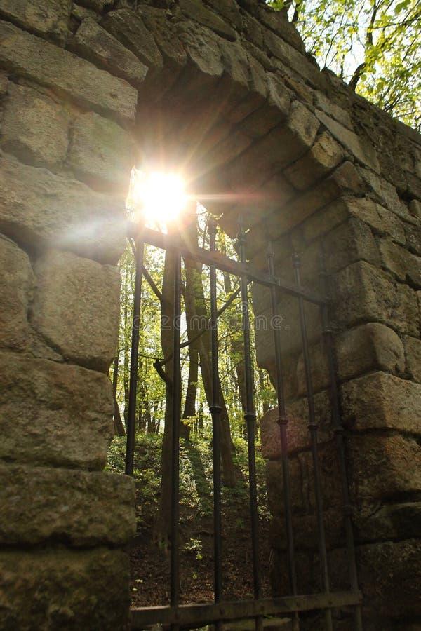 Les restes de la porte de château photos libres de droits