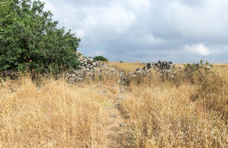 Les restes du complexe mégalithique des premières roues d'âge du bronzedes spiritueux, Al-Hiri de Rujum, Gilgal Rephaeem sur le  images stock