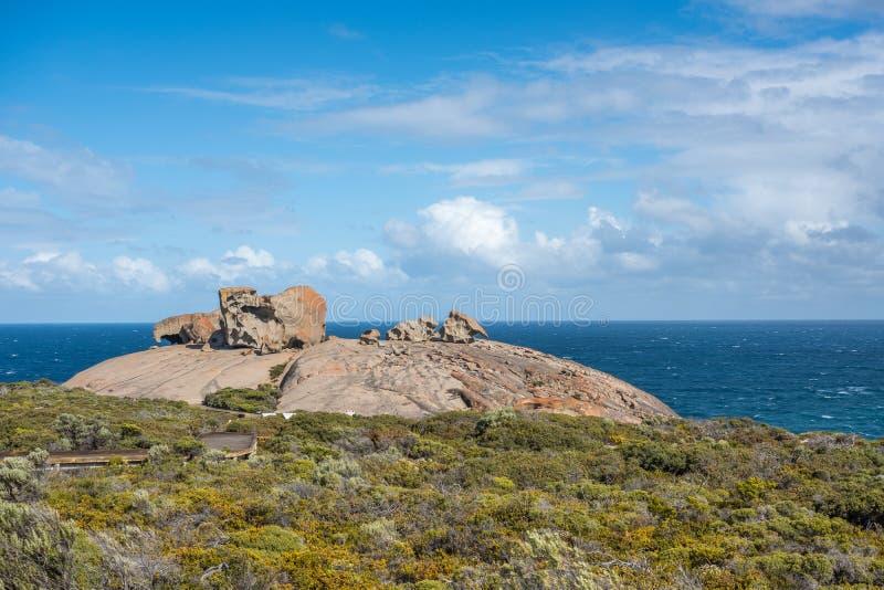 Les roches remarquables ressemblent au fromage suisse ! Île de kangourou, Australie du sud image stock