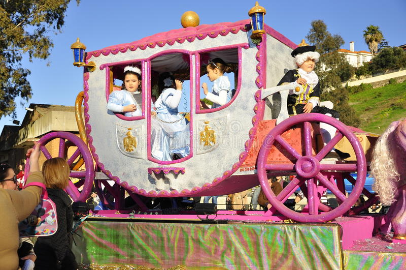 Les Rois magiques Parade, cheval rose images stock