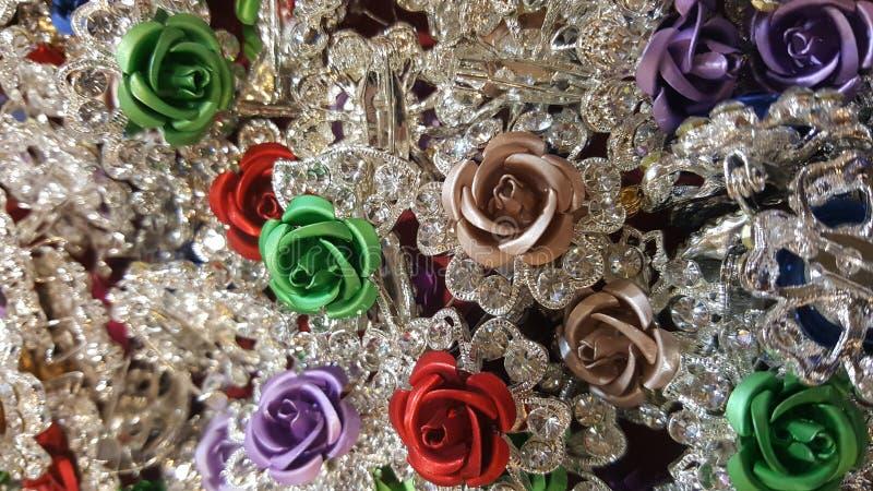 Les roses de colourfull des accessoires image libre de droits