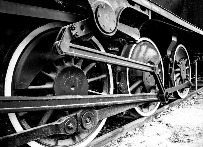 Les roues d'une locomotive à vapeur images libres de droits