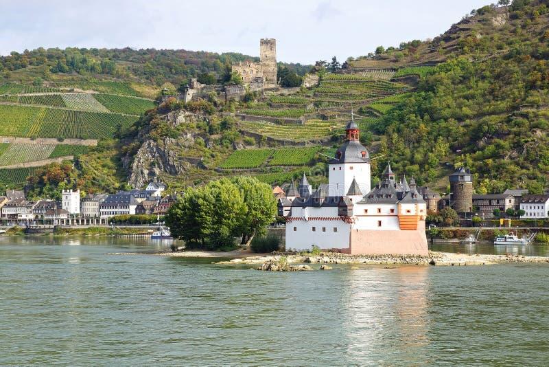 Château Pfalzgrafenstein et Burg Gutenfels. photo stock