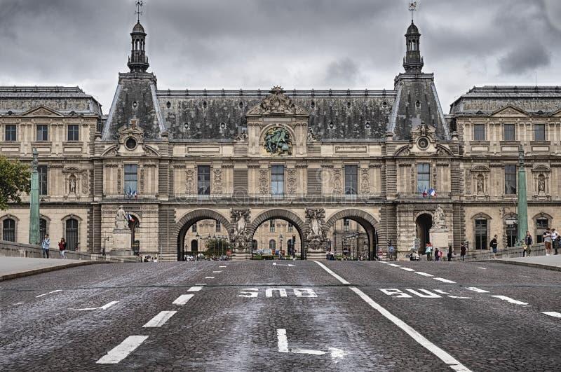 Les rues du Louvre photos libres de droits