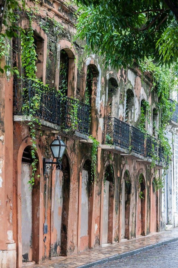 Les ruines d'un sao Luis de bâtiment font Maranhao Brésil photo stock