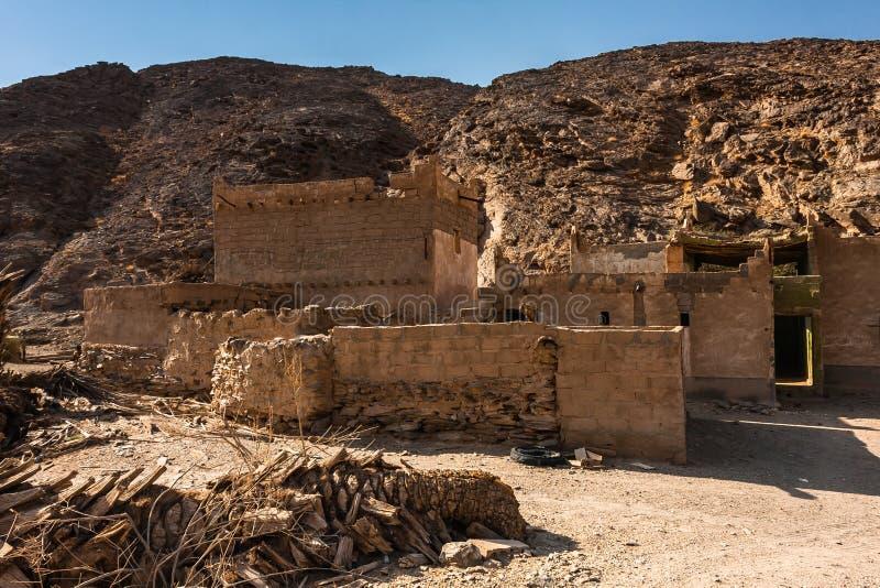 Les ruines d'une maison dans le village en Wadi Massal, province de Riyadh, Arabie Saoudite photographie stock libre de droits