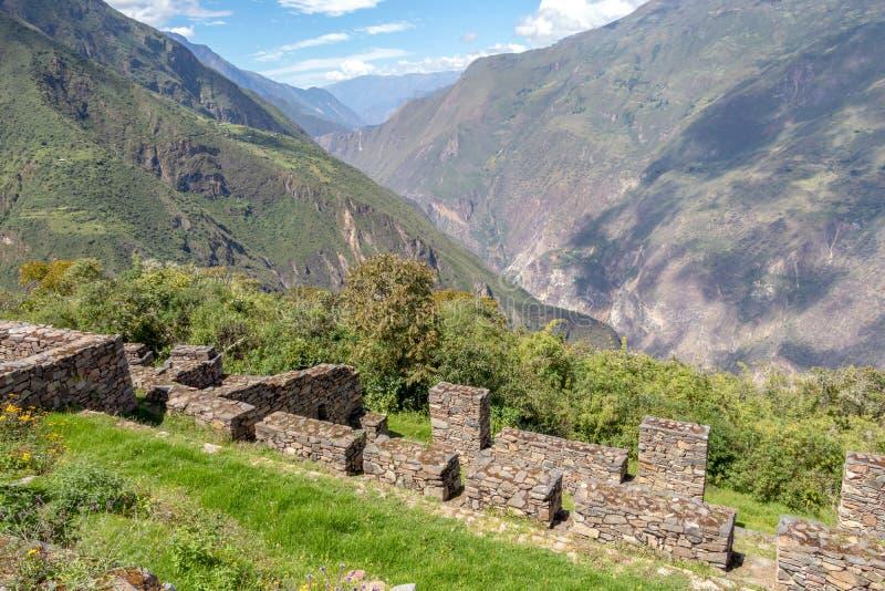 Les ruines de la ville antique d'Inca de Choquequirao, alternative à Machu Picchu, Pérou photographie stock libre de droits