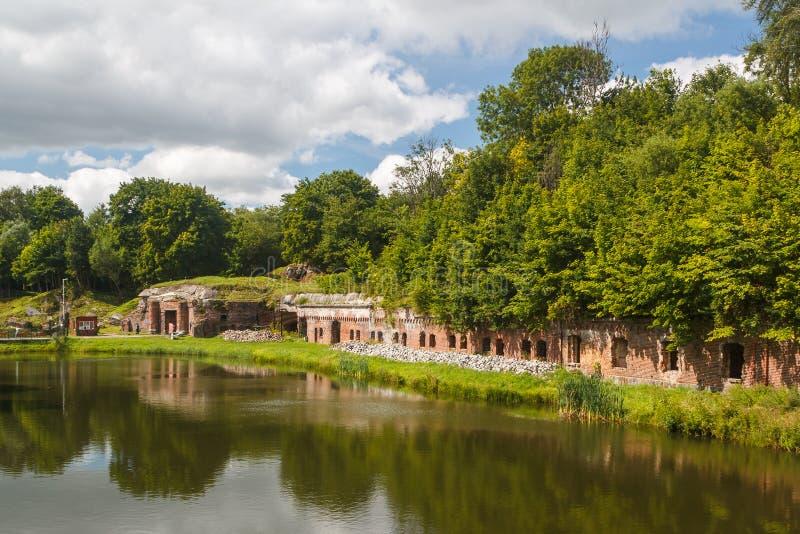 Les ruines du fort de la défense numéro 5 près de Kaliningrad images libres de droits