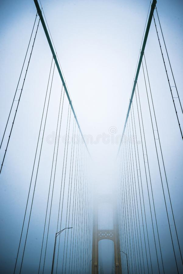 Les scènes d'hiver s'approchent du pont de mackinac et de la ville Michigan de mackinsw photo stock