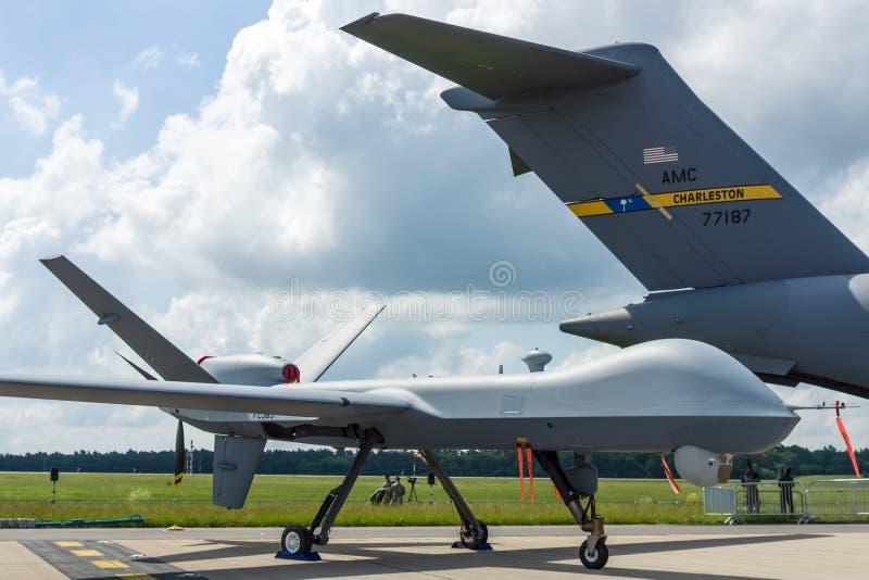 Les sciences atomiques générales téléguidées MQ-9 Reaper de véhicule aérien de combat images stock