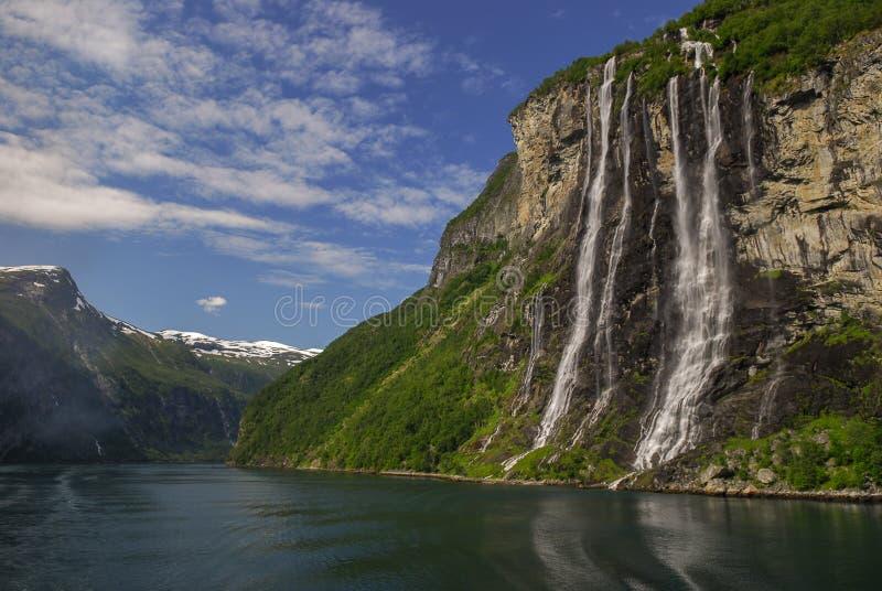 Les sept soeurs dans le geirangerfjord photos stock