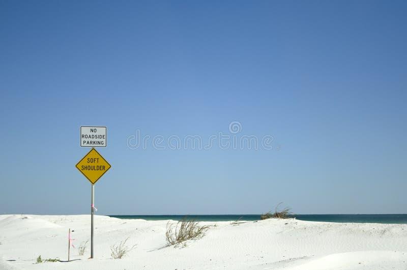 Les signes poncent et mer sur la Côte du Golfe Etats-Unis de la Floride images stock
