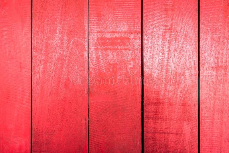 Les textures de fond ou les vieux papiers peints en bois ont ?tendu la verticale et le rouge peints dans le r?tro style photo stock