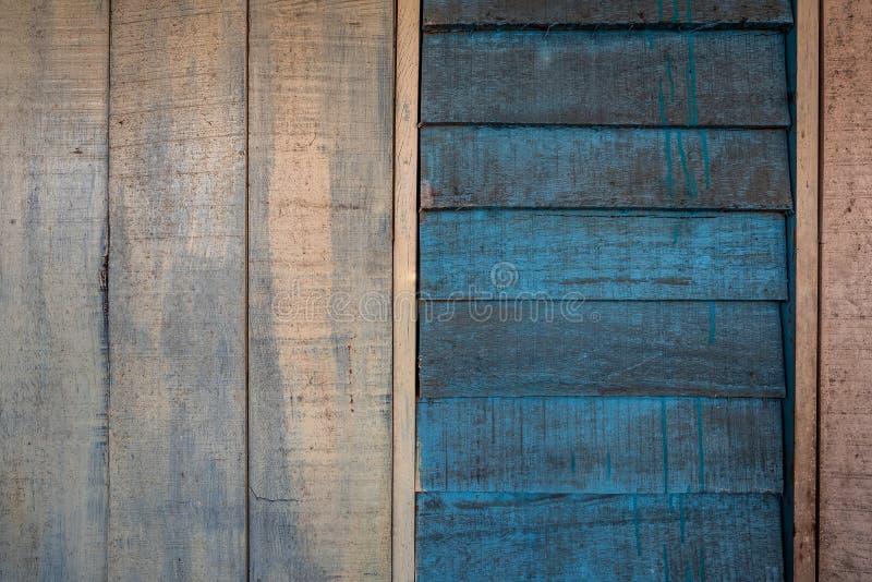 Les textures de fond ou les vieux papiers peints en bois ont ?tendu le vertical et horizontal et bleu et gris peint dans le r?tro photo stock