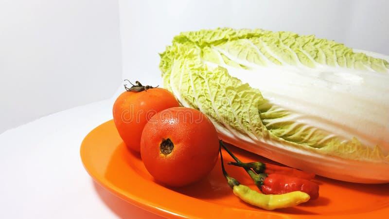 Les tomates, les piments et le chou de Chinesee image stock