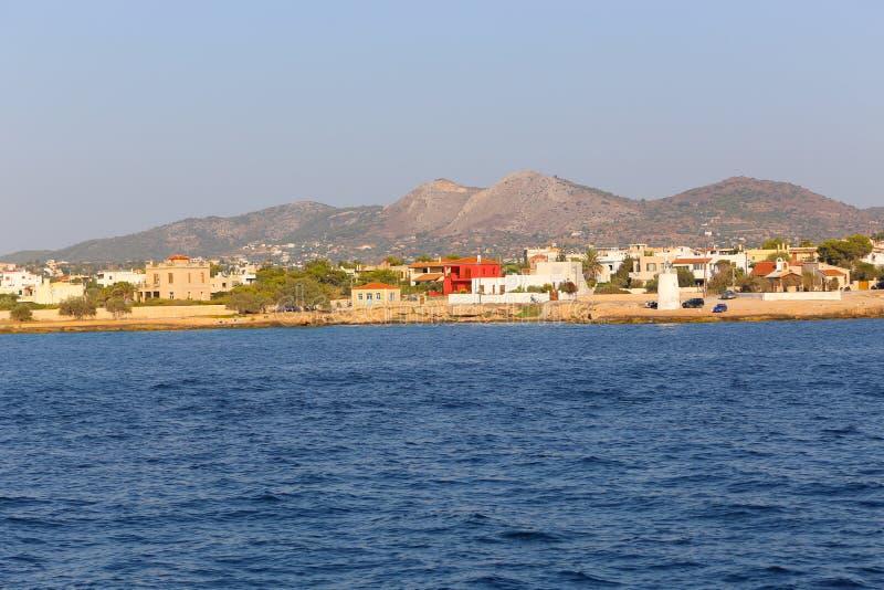 Les touristes apprécient au voyage de Cruse à l'île de la Grèce images stock