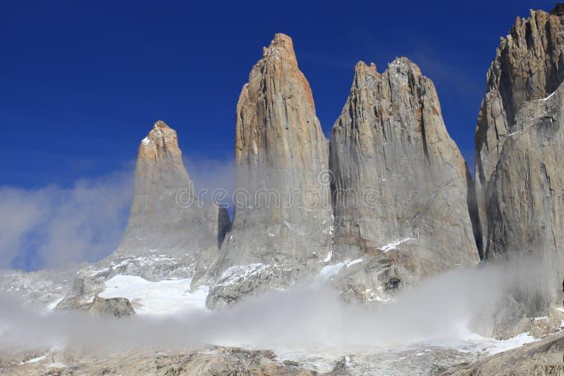 Les trois tours de Torres del Paine images libres de droits