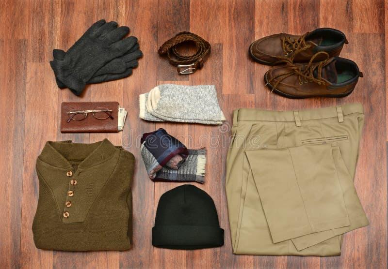 Les vêtements des hommes courbes image stock